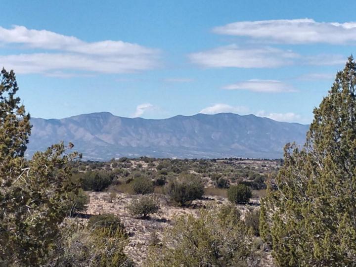 099 Running Wolf Ln Rimrock AZ Home. Photo 1 of 8