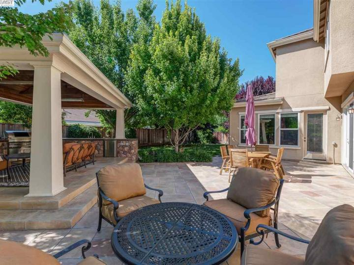 1005 Laguna Creek Ln Pleasanton CA Home. Photo 35 of 40