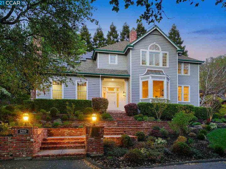 1219 Woodborough Rd Lafayette CA Home. Photo 2 of 40