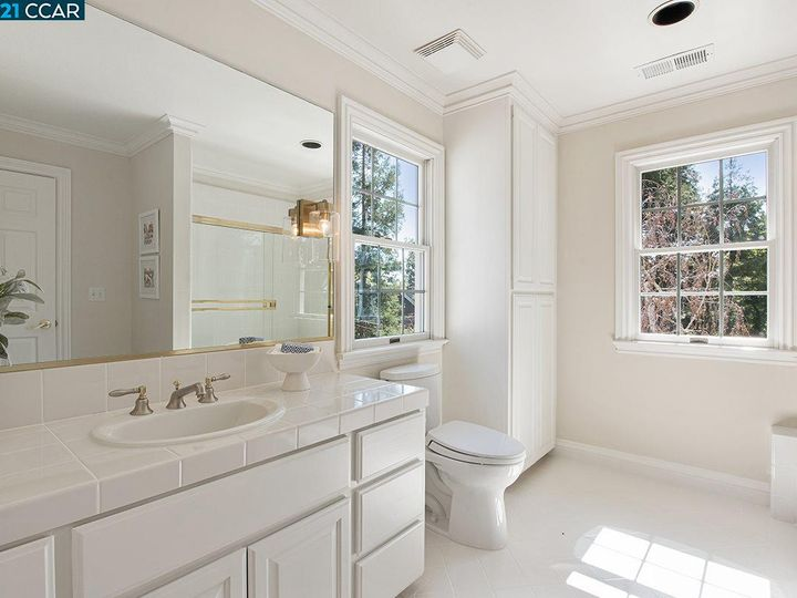 1219 Woodborough Rd Lafayette CA Home. Photo 25 of 40