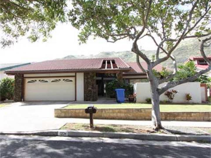 1334 Honokahua St Honolulu HI Home. Photo 2 of 10