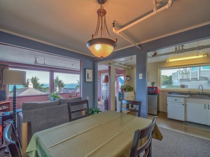 215 11th St Pacific Grove CA Home. Photo 14 of 40