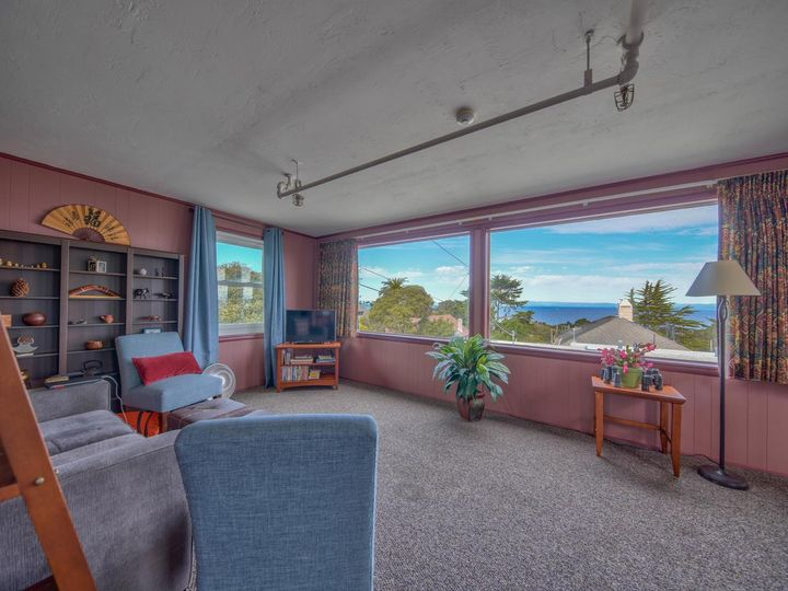 215 11th St Pacific Grove CA Home. Photo 9 of 40