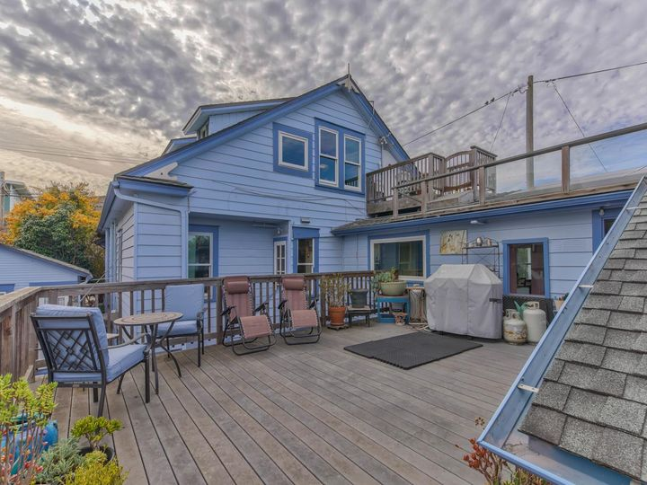 215 11th St Pacific Grove CA Home. Photo 10 of 40