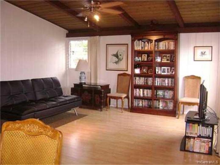 2380 Komo Mai Dr Pearl City HI Home. Photo 1 of 10