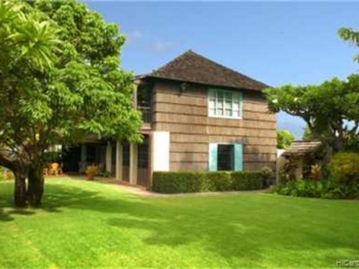 2911 Makalei Pl Honolulu HI Home. Photo 2 of 9