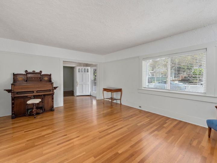 51 Whitney Ave Los Gatos CA Home. Photo 8 of 20