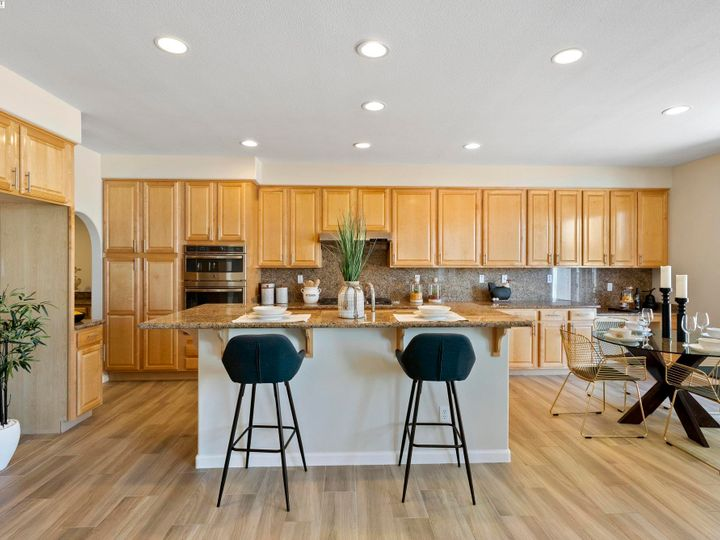 5960 Sterling Greens Cir Pleasanton CA Home. Photo 11 of 36