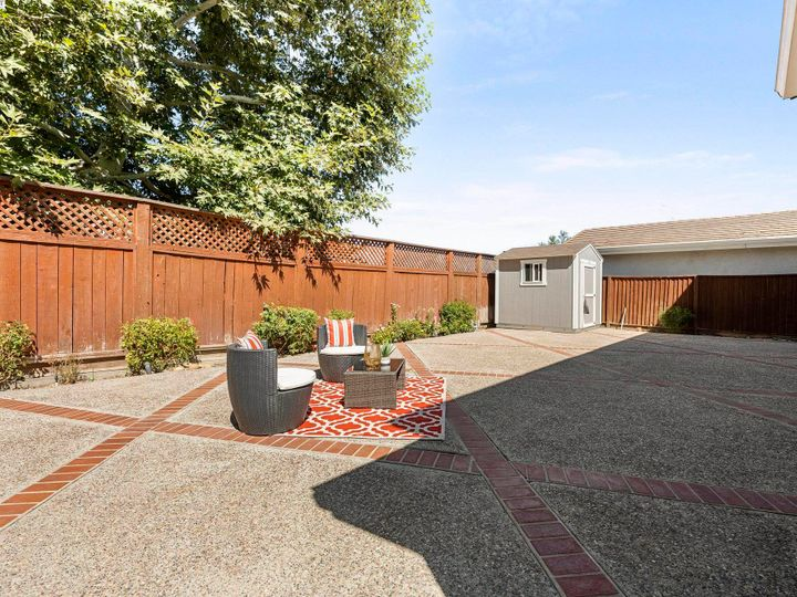 5960 Sterling Greens Cir Pleasanton CA Home. Photo 33 of 36