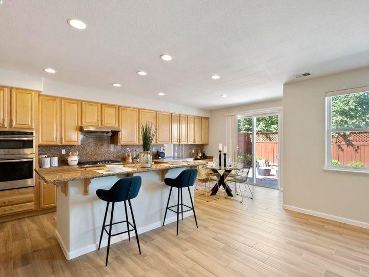 5960 Sterling Greens Cir Pleasanton CA Home. Photo 8 of 36