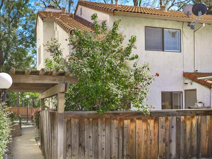 7 Madrid Pl, Antioch, CA, 94509 Townhouse. Photo 31 of 39