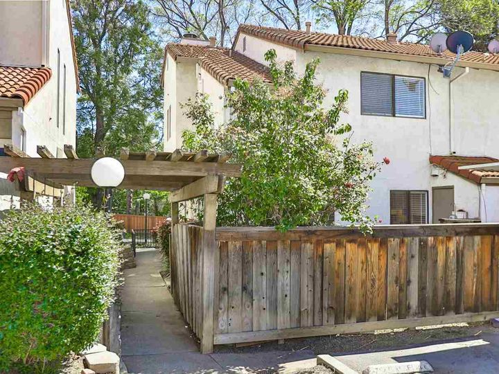 7 Madrid Pl, Antioch, CA, 94509 Townhouse. Photo 34 of 39