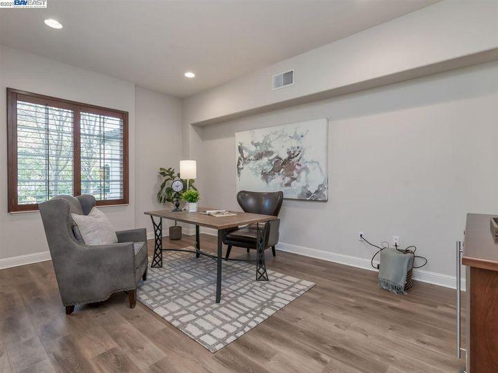 7261 Huntswood Ct Pleasanton CA Home. Photo 17 of 40