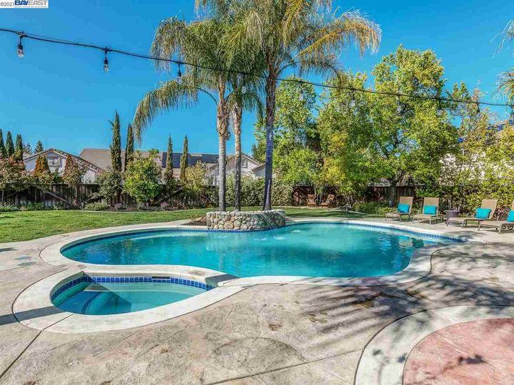 7261 Huntswood Ct Pleasanton CA Home. Photo 28 of 40