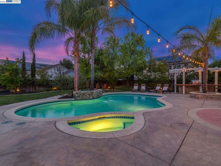 7261 Huntswood Ct Pleasanton CA Home. Photo 33 of 40