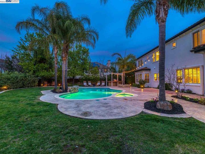 7261 Huntswood Ct Pleasanton CA Home. Photo 36 of 40