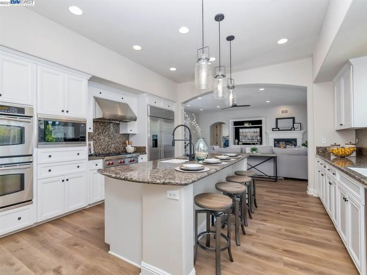 7261 Huntswood Ct Pleasanton CA Home. Photo 8 of 40