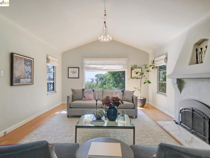 797 San Diego Rd Berkeley CA Home. Photo 9 of 37