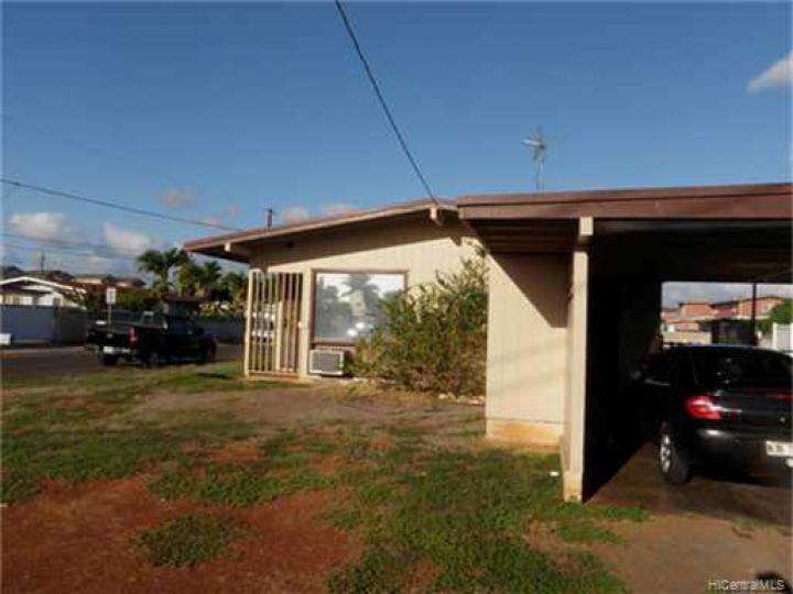91855 Makaonaona St Ewa Beach HI Home. Photo 1 of 4