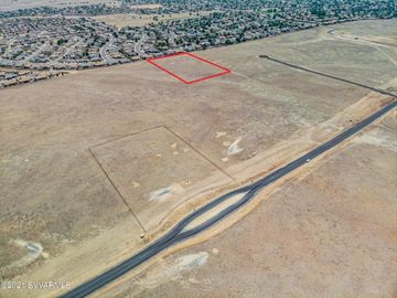 015e- 3 Copperfield Rd, Under 5 Acres, AZ
