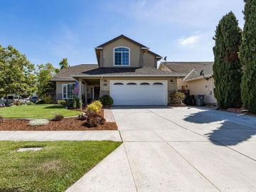 1044 Crestview St, Salinas, CA
