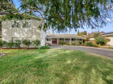 1085 Valley Forge Dr, Sunnyvale, CA