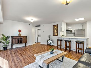 1088 Bishop St unit #3707, Downtown, HI