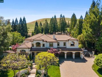 109 Laurelwood Dr, Northridge, CA