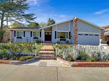115 Regency Dr, Regency Woods, CA