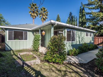 115 Vine Hill School Rd, Scotts Valley, CA