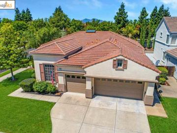 125 Chatsworth Ct, Brentwood, CA