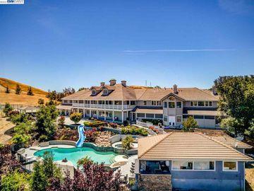 1250 Culet Ranch Rd, Hidden Hills, CA