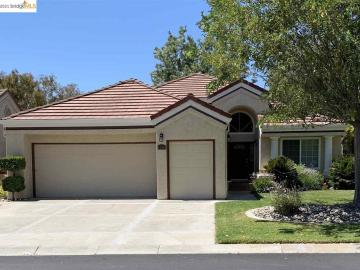 1290 Saint Andrews Dr, Discovery Bay Country Club, CA
