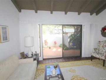 1334 Honokahua St Honolulu HI Home. Photo 3 of 10