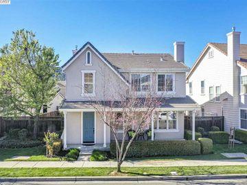 1446 Whispering Oaks Way, Walnut Hills, CA