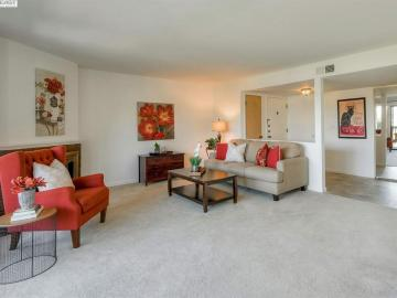 19100 Crest Ave unit #71, Highland Place, CA