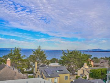 215 11th St Pacific Grove CA Home. Photo 3 of 40