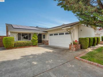 21718 Gail Dr, Castro Valley, CA