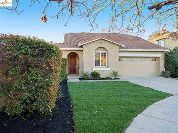 2262 Montecito Ct, Brentwood Hills, CA