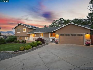 23 Valley Ct, Pleasant Hill, CA