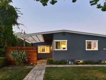 2371 Carlton Ave San Jose CA Home. Photo 1 of 34