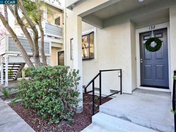 2683 Oak Rd unit #132, Hampton, CA