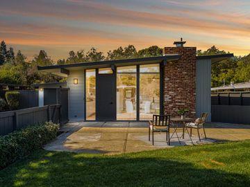 284 Tennessee Ln, Palo Alto, CA