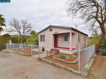 2908 Leslie Ave, Vine Hill, CA