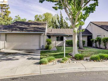 3 Selena Ct, Antioch, CA, 94509 Townhouse. Photo 2 of 25