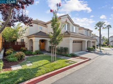 332 Jade Ct, Vista Pointe, CA