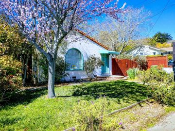 3405 Mission Dr, Santa Cruz, CA
