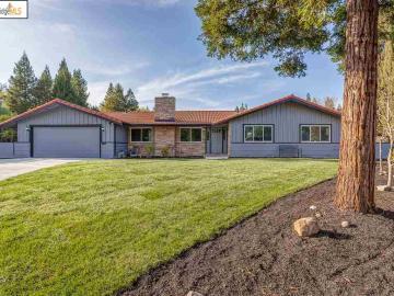 3681 De Rosa Ct, St. Frances Park, CA