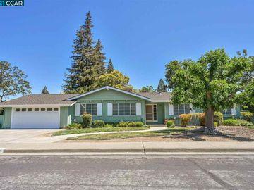 370 Fenway Dr, Scottsdale, CA