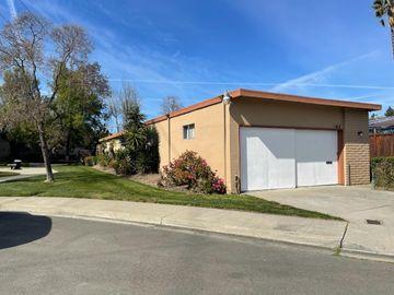 415 Gibbons Ct, Milpitas, CA